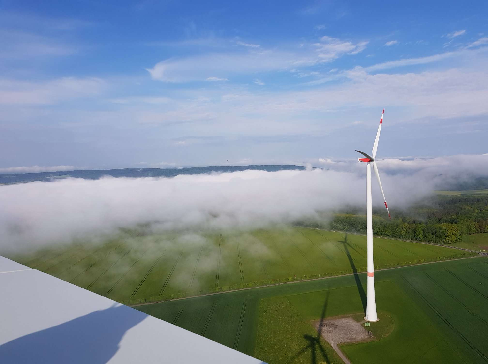 Onshore / Offshore Wind Farms maintenance services